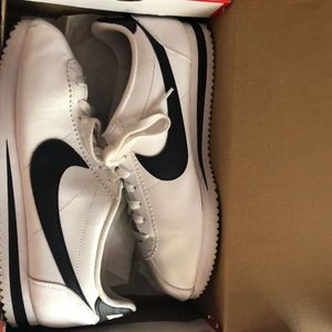 Black and White 8. 5 WMNS Nike Cortez Sneakers